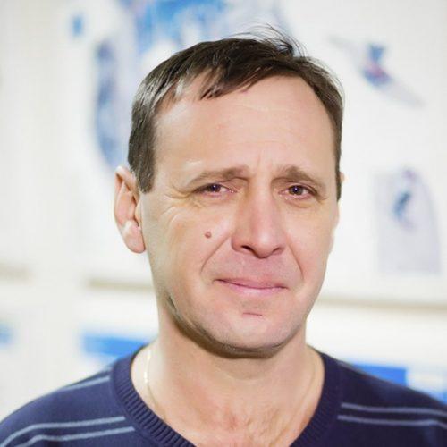 Инструктор по вождению Екатеринбург Виталий Пастухов